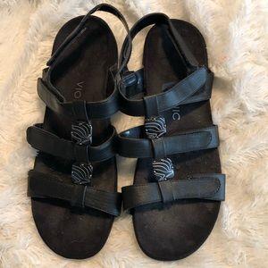 Vionic Amber Black Sandals Size 12